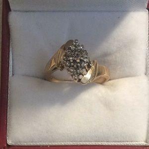 Jewelry - Estate Diamond 14K Gold Ring